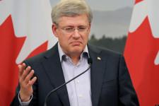 BRITAIN-G8-SUMMIT-CANADA-PRESSER